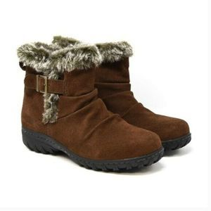 Khombu All-Weather Lindsey Buckle Suede Boot Brown